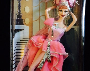 """I LOVE LUCY Collector's Edition Barbie - """"Lucy Get's In Pictures"""""""