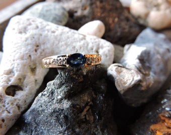Diamonds & Sapphire Vintage Ring