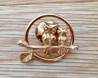 Vintage Owl Brooch Costume Gold Small Pin 2 Owls on Branch Circle