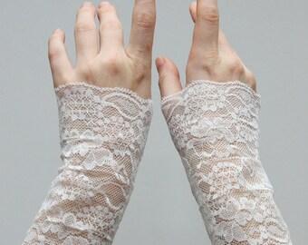 Swan finger gloves