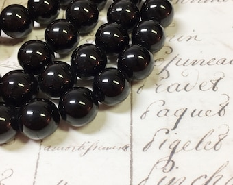 AA quality, Onyx Beads, Round, 12mm, Full strand