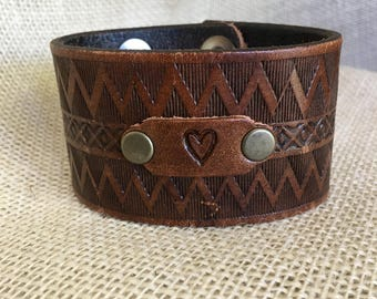 Vintage Leather Cuff Bracelet with heart