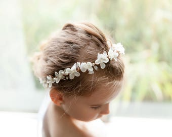 Communion crown, white flower crown, First Holy Communion crown, girls white flower halo, communion wreath, communion accessories