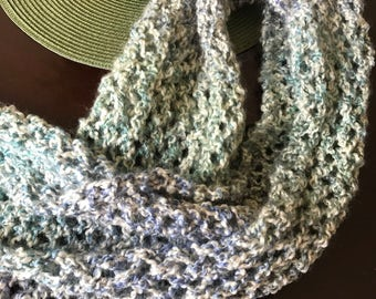 Hand-Knit Women's Scarf