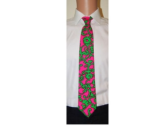Hand Made Silk Hot Pink Green Paisley  Neck Tie