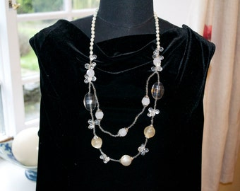 Vintage Pearl and clear glass bead necklace stunning