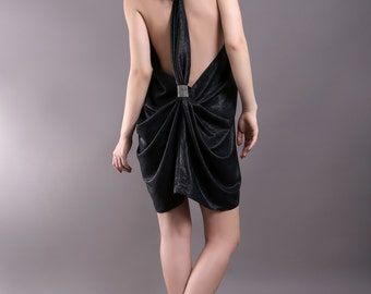 Provocative evening dress m. Styling