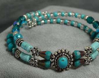 Turquoise and silver memory wire bracelet