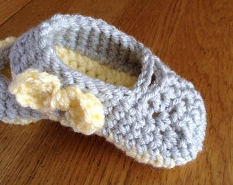 Adorable Mary Janes. Crochet item. Handmade