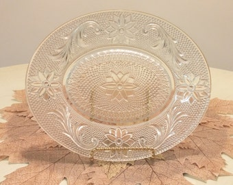 Vintage Sandwich Glass Tray - Daisy and Button Pattern
