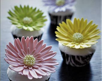 40 Gerbera Daisy Edible Cake or Cupcake Toppers - CHOICE of COLOR