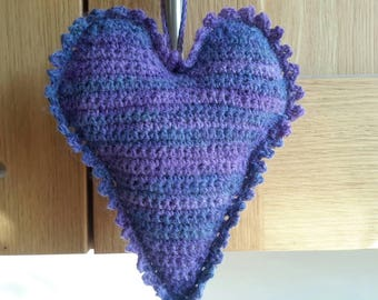 Lavender heart, crochet heart, scented heart, lavender sachet, hanging heart, English lavender, home fragrance, door hanger, wardrobe hanger