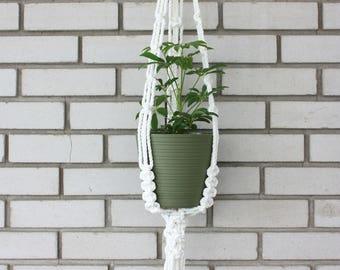 Macrame planter