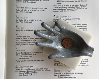Hand Catchall