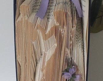 Bride and Groom book folding-Wedding Gift-Book Sculpture-Wedding Decoration-Folded book art-Folded book bride and groom-Folded book wedding