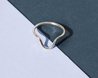 Handmade sterling silver round edge stacking ring UK size: N