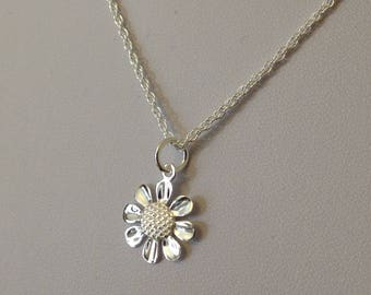 Sterling Silver Rope Chain Necklace and Sterling Silver Daisy Pendant