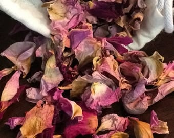 Dried rose petals-organic dried rose petals-organic rose petals-farewell toss-party favor-purple mix rose petals-Mothers Day gifts