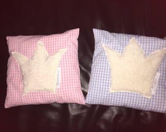 Sleep well pillow with pine shavings Swiss stone pine cushion Crown 20 x 20 cm