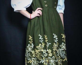 Dress woman khaki 1970 s/vintage/embroidery flowers/romantic/Bohemian/folk size 42/44