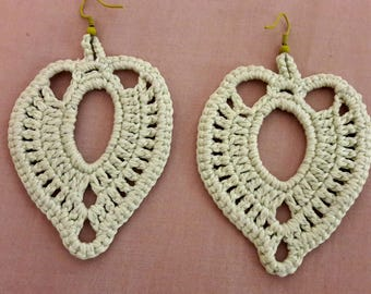 Beautiful drop earrings in pale green