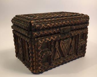Tramp Art doos / box