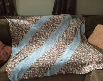 Super Soft Knitted Snuggle Blanket