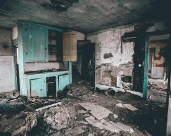 Dilapidated Insides