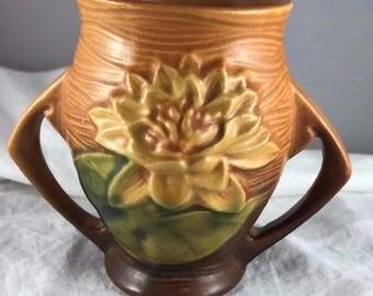 "Roseville Pottery Water Lily - 4"" Vase"