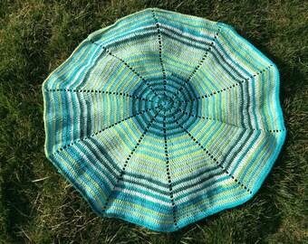 Blue spiral blanket