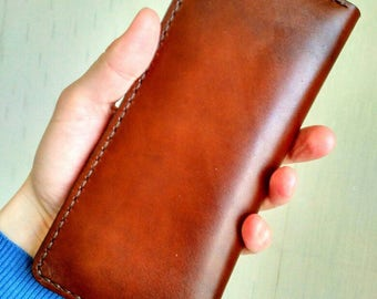 Elegant Long leather wallet for Pleasant travels