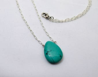 Delicate Turquoise Pendant Necklace