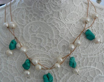 Necklace of freshwater pearls and Turquoise nuggets