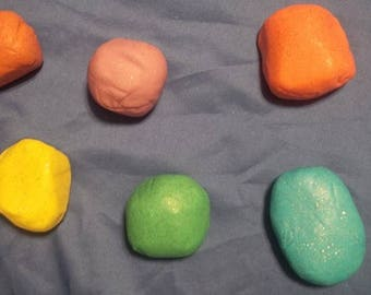Homemade Therapeutic Sparkly Playdoh