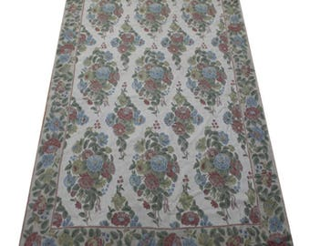 6 x 9 Chain-stitch Area Rug
