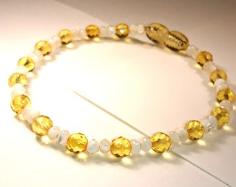 Natural Baltic Amber Bracelet with Faceted Beads and Pearl Imitation