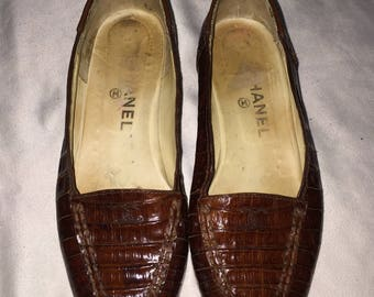 Rare Vintage 1980s Authentic Chanel Brown Cogniac Genuine Crocodile Leather loafer CC Logo slip-on Beautiful vtg 38 / SZ 8 Coniac  80s