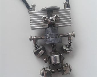 Steampunk Robot Necklace/Necklace Robot/Robot Pendant/Industrial Necklace/Andriod Pendant/Steampunk Pendant/Steampunk Gift/Steampunk Robot