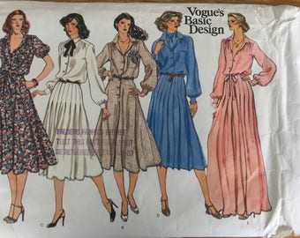 VINTAGE Vogue Sewing Pattern-Size 14