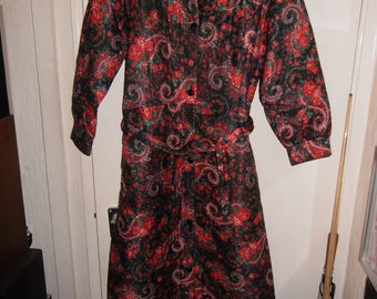 VINTAGE womens housecoat paisley dressing gown 14-16