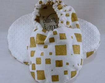 """5"""" Soft-Soled Baby Shoes - Gold Squares - Adjustable Ankles - Non-Slip Soles"""