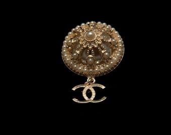 Inspired Brooch Designer Inspired Pearl Brooch  Inspired Jewelry Crystal Brooch  Wedding Brooch Bridal Brooch Gold Brooch Fashion Brooch