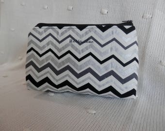 Makeup bag. Cosmetics bag. Travel case. Toiletry bag.make up purse