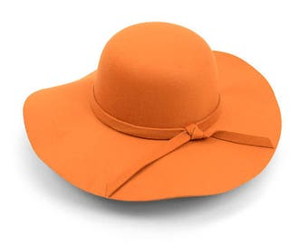 Floppy hats for the Summer