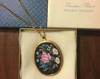 SALE!Vintage Avon Florentine Flowers Pendant Necklace