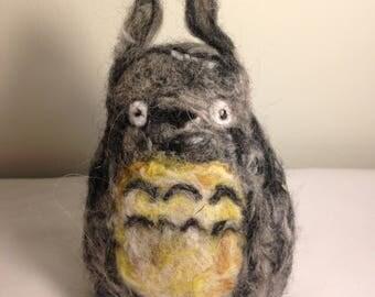 Totoro / Yarn / Needle Felt