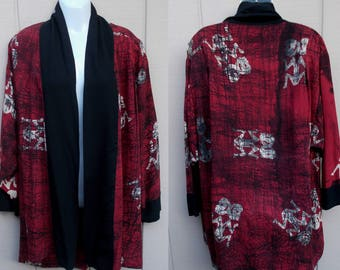 Vintage 90s KIMONO Style Ethnic Tunic jacket /  Asian Boho Hippie Ikat Print / Short Coat // xL