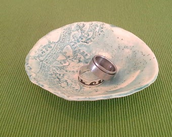 Small Half Lace Dish