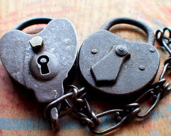 Antique Iron Padlock Set - Rustic Heart Locks // Fall Sale 15% OFF - Coupon Code SAVE15