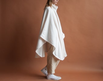 white fleece scarf cape / minimalist poncho / sporty cape / s / m / l / 2122o / R4
